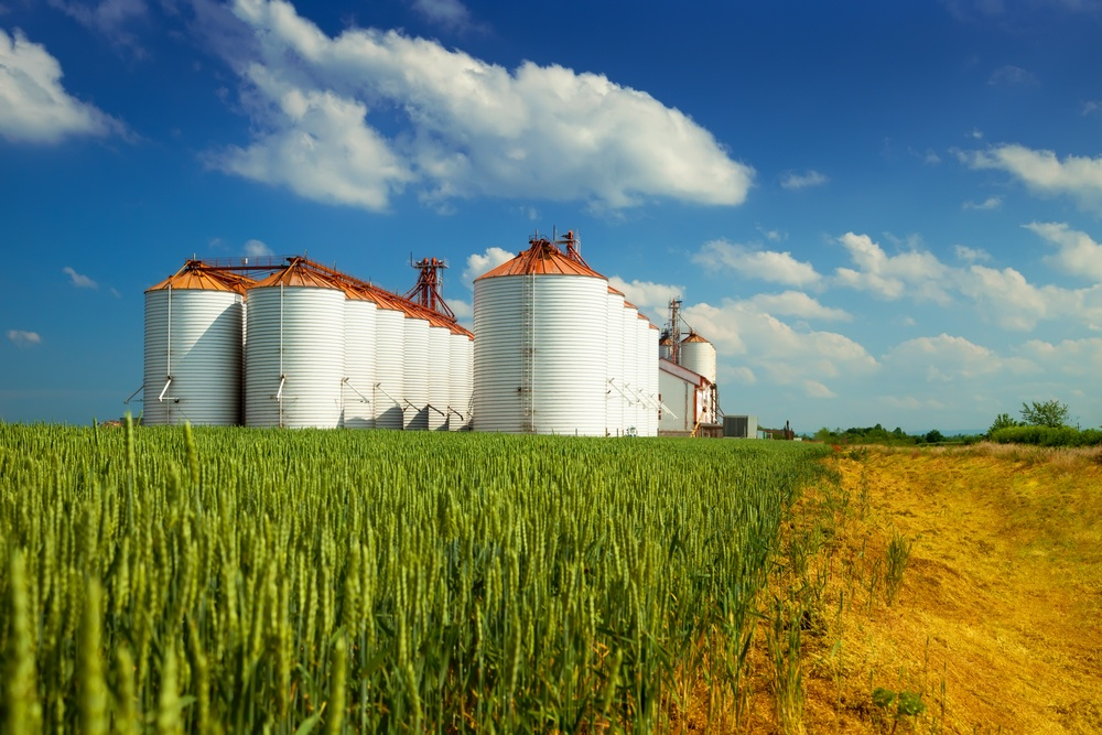 Leave the silos to the farmers. The Cloud improves data centralization and integration
